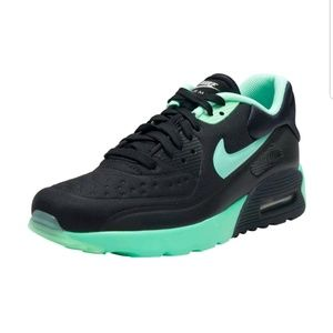 online store 1bf71 cde2c Nike Shoes - Nike Air Max 90 Ultra Se GS Black Green Glow Shoes